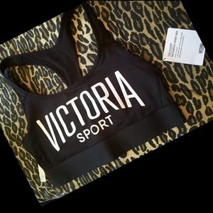 Victoria secret sports bra never worn with tags